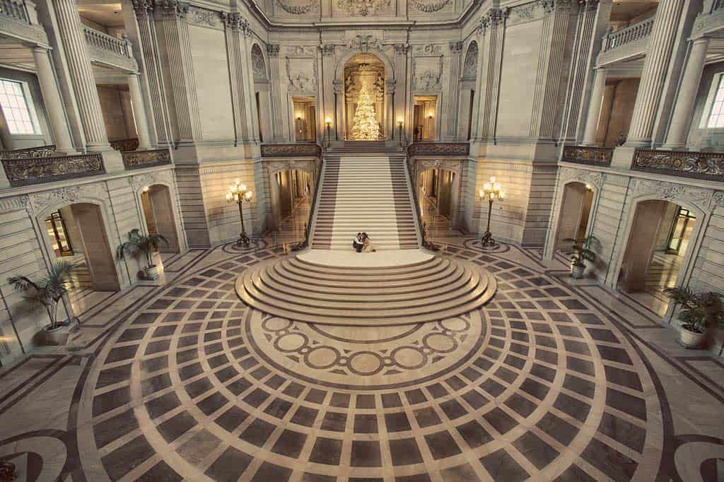 san francisco city hall grand staircase